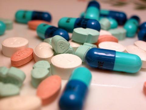 médicaments-personnes-agées-